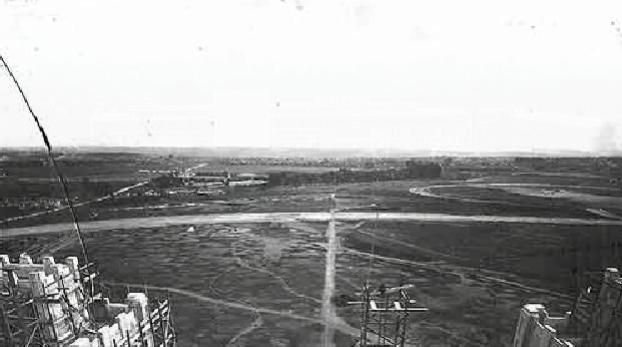 Vista da área, futuro Parque Ibirapuera, a partir do prédio em construção do Instituto Biológico no final da década de 1920. Foto: Instituto Biológico.